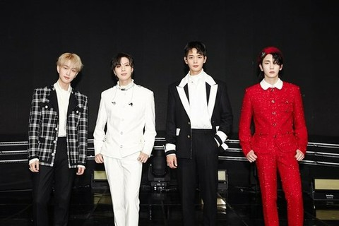 "SHINee to hold a special live on the 31st. ""The Ringtone: SHINee is Back"" progressed on YouTube and V LIVE channel. .. .."